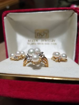 Pearl ring and earrings for Sale in Henderson, NV