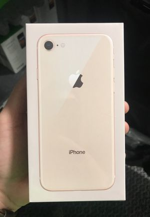 Iphone 8 Gold 64 GB for Sale in Parlier, CA