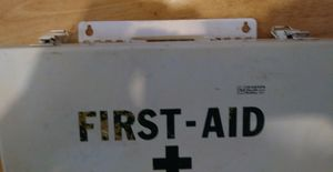 Vintage First Aid Hard Case for Sale in NEW PRT RCHY, FL