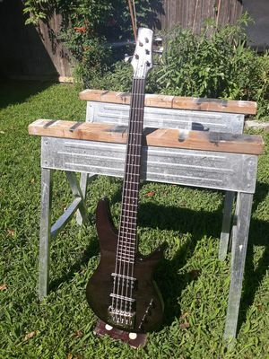Ibanez SRX 505 5 String Bass for Sale in Long Branch, NJ