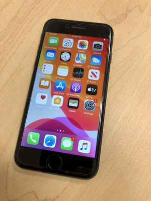 iPhone 8 64GB Unlocked for Sale in Federal Way, WA