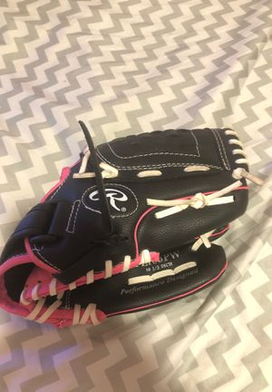 rawlings softball glove for Sale in Chandler, AZ