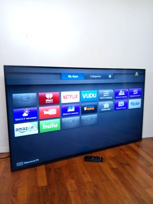 55' VIZIO LED SMART 4K ULTRA HDTV ( FREE DELIVERY ) for Sale in Los Angeles, CA