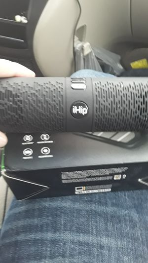 Ihip bluetooth speaker for Sale in Cleveland, OH