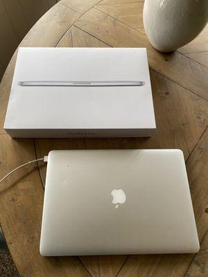MacBook Pro 2015 Silver for Sale in Ventura, CA