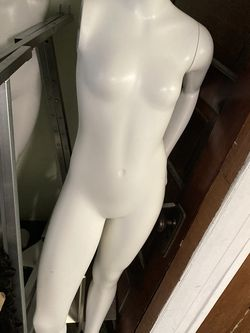 Mannequins And Boutique Furniture for Sale in Pittsburgh,  PA