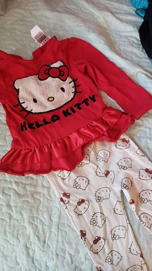 Hello Kitty outfit size 2t for Sale in Fontana, CA