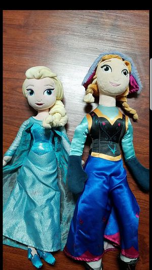 Anna and elsa dolls for Sale in Los Angeles, CA