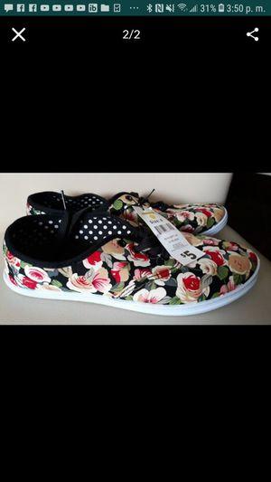 Women shoes size 8 for Sale in Wahneta, FL