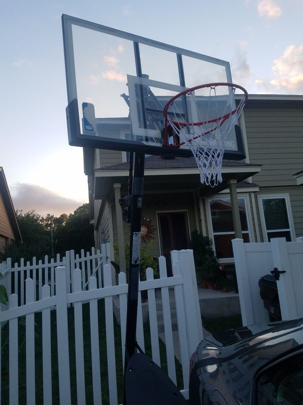 Spalding Basketball Goal with Adjustable Lever