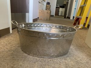 Beverage Ice Tub - 2 available. Silver - good condition for Sale in Norco, CA