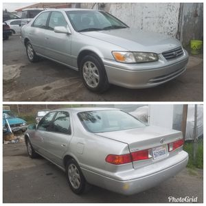 TOYOTA CAMRY 2001 LE CLEAN TITLE for Sale in Lemon Grove, CA
