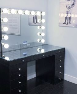 AMAZING DEAL on Impressions Vanity With Mirror! for Sale in Los Angeles,  CA