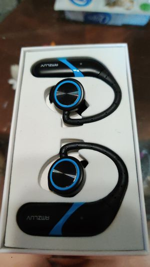 Amzluv wireless headset for Sale in Clinton Township, MI