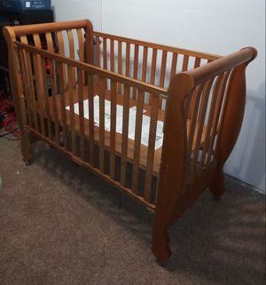 Baby crib for Sale in Humble, TX