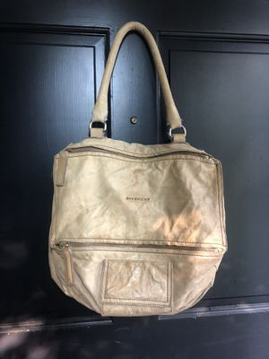GIVENCHY leather bag for Sale in Kirkland, WA