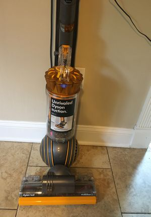 Dyson ball multi floor2 vacuum- one week old for Sale in South Brunswick Township, NJ