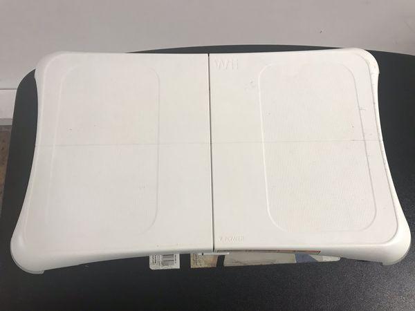 Nintendo Wii U balance board and meter