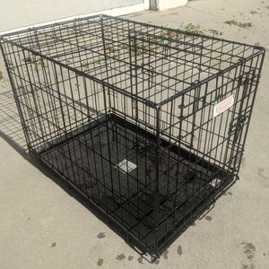 Very Nice Medium Sized Dog Cage Cat Kennel Animal House 19 30 22 for Sale in Long Beach, CA
