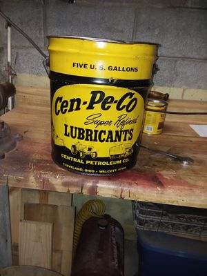 Cen pe co lubricant can for Sale in Mount Vernon, OH
