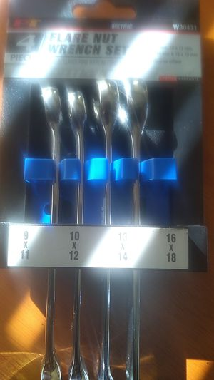 4 piece flare nut wrench set metric $20 bucks for Sale in Portland, OR