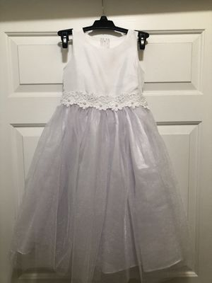 Flower girl dress for Sale in Fontana, CA