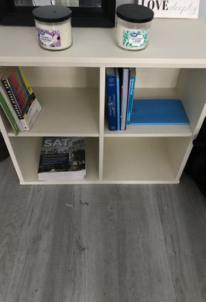 Small Book Shelf for Sale in Atlanta, GA