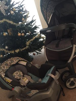 Car seat and stroller set for Sale in Gaithersburg, MD
