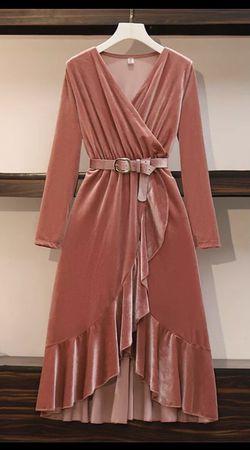 Velvet dress for Sale in Upper Marlboro,  MD