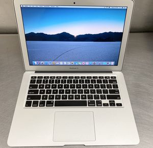 """Apple 2015 MacBook Air 13""""- inch 2.2 ghz i7 8gb 256 SSD Laptop 💻 for Sale in Sacramento, CA"""