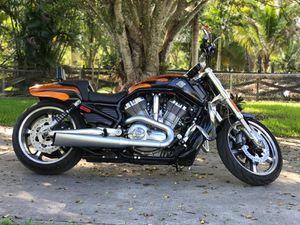 2014 Harley Davidson Vrod muscle v rod for Sale in Orlando, FL