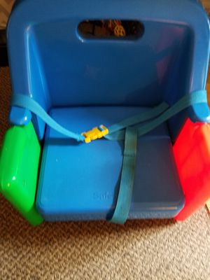 Toddler booster seat for Sale in Appleton, WI
