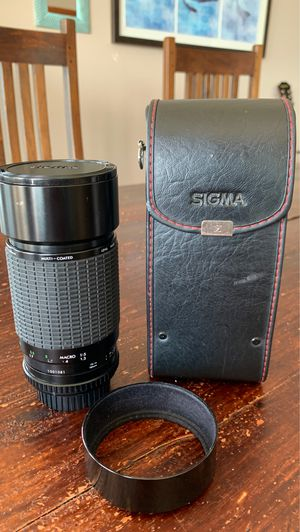 Sigma telephoto lens for 35mm camera for Sale in Tacoma, WA