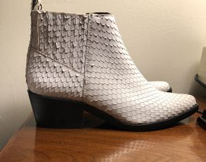 Jessica simpson women's ankle boots size 6, new. for Sale in Beltsville, MD