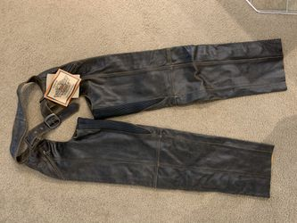 NEW Harley Davidson men's deluxe leather chap for Sale in Bend,  OR