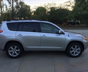 Great 07 Toyota Rav4 Clean 4WDWheels for Sale in Bellevue, WA
