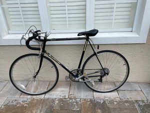 Schwinn 26 inches bike for Sale in Orlando, FL