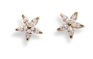 Stud Earrings for Women 14k for Sale in El Paso, TX