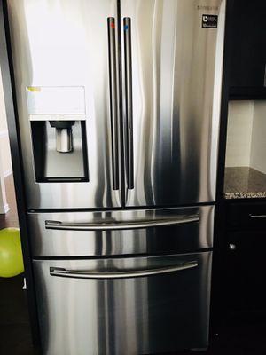 Samsung 22 Cu Ft 4 Door Refrigerator for Sale in Charlotte, NC