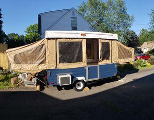 Skamp pop up camper for Sale in Meriden, CT