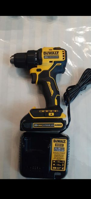 Dewalt atomic drill, battery and charger..$75!!price firm!!firme en precio!!! for Sale in Garland, TX