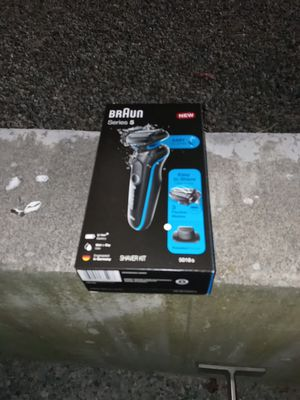 New! BrAun Series 5 Shaver Kit for Sale in Seattle, WA