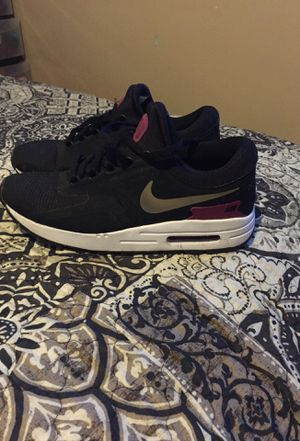 Nike shoes youth size 6.5 $30 obo for Sale in East Compton, CA