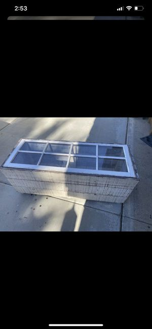Coffee table for Sale in Menifee, CA