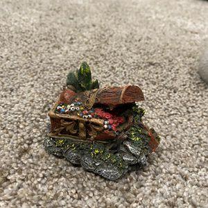 Fish Tank Decoration Treasure Chest for Sale in Snohomish, WA