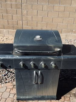 Char-Broil Commercial Series BBQ Grill for Sale in Tucson,  AZ
