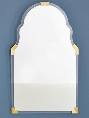 Stunning BRAND NEW IN BOX {Anthropologie} Gold and Lucite Mirror FREE DELIVERY for Sale in Everett, WA