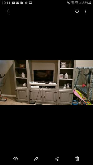 Multi unit- tv stand and 2 bookshelves for Sale in Bakersfield, CA
