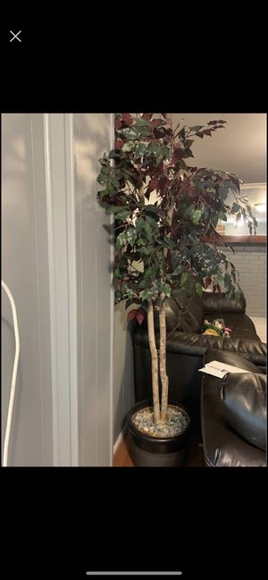 Artificial tree 7ft tall! for Sale in Woodbridge, VA