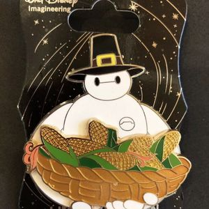 Wdi baymax pilgrim thanksgiving Disney le 250 pin for Sale in Los Angeles, CA
